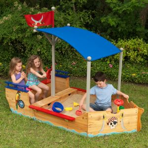 Outdoor Play Centres & Furniture