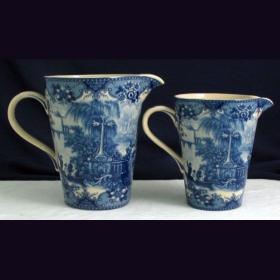 Graduated measuring jugs - Blue & white French Vintage design by Somerton Green