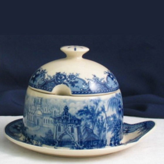 Honey Pot - Blue & White French Vintage design by Somerton Green