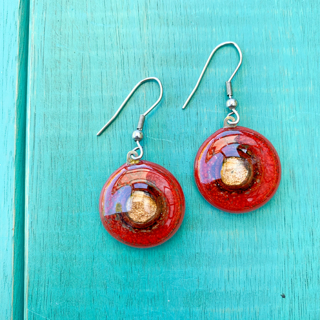 Round Basic Earrings in Glass & Metal in Red Tones by Cristalida