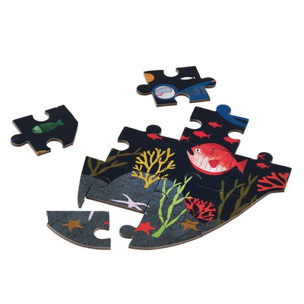 Floss & Rock Deep Sea 80pc Shark Shaped Jigsaw with Shaped Box