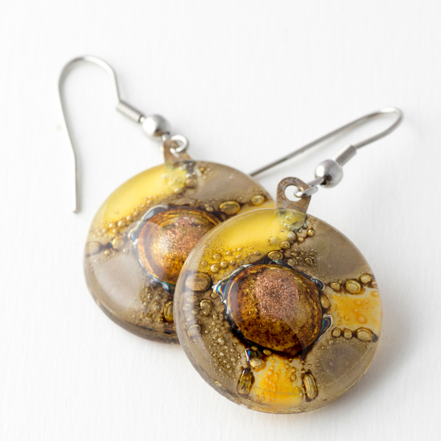 Round Basic Earrings in Glass & Metal in Yellow & Beige Tones by Cristalida