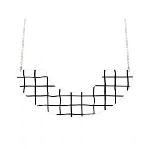 MOE MOE Grid Pattern Centred U-Shape Necklace