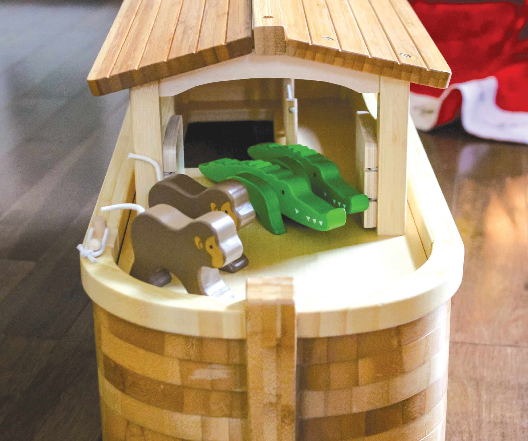 Large Noah's Ark by EverEarth ~ eco friendly
