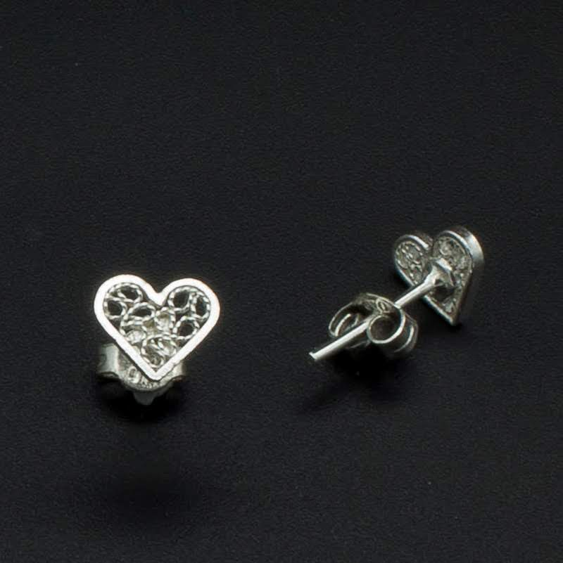 Filigree Sterling Silver XS Web Heart Stud Earrings by Gaviota