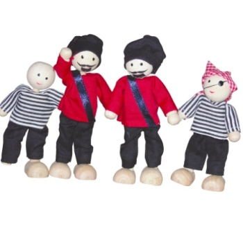 PIRATE WOODEN DOLLS SET