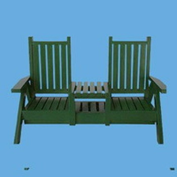 Miniature -- Garden Furniture - Seat with Middle Table