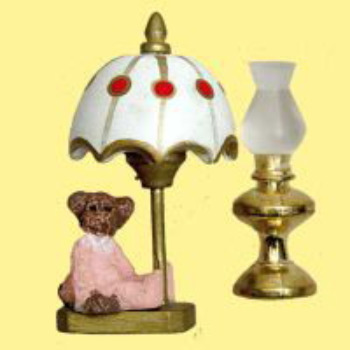MINIATURE -- OIL LAMP/BEAR LAMP
