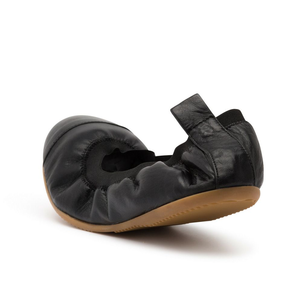 Urbana Black Leather foldable Ballet Shoes by Cammino